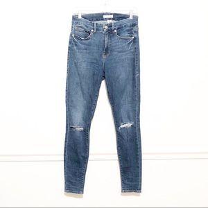 GOOD AMERICAN Good Legs Distressed Skinny Blue208